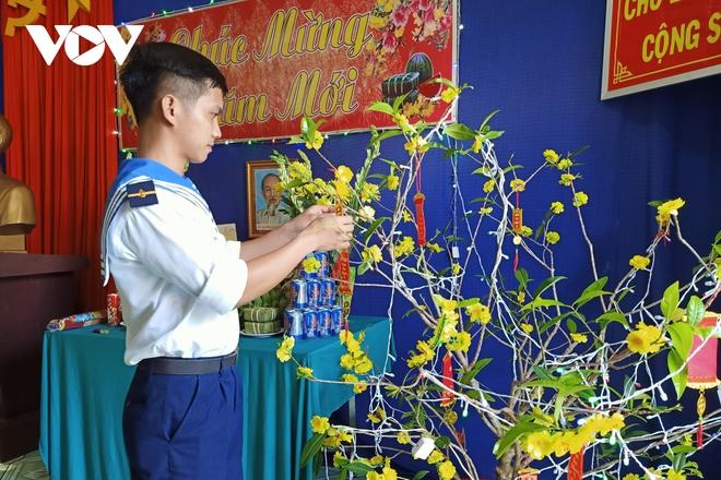 Lính đảo Tây Nam: 27 năm chỉ đón Tết một lần duy nhất với gia đình - Ảnh 1.