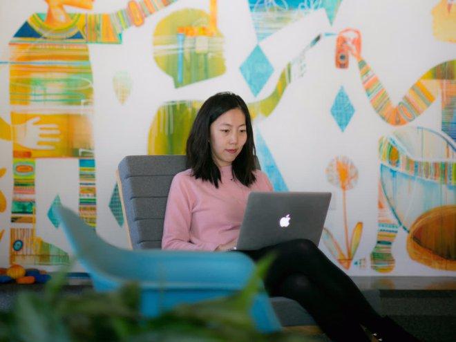 Cách thức phát triển bản thân từ trưởng nhóm thiết kế Facebook, bài học bổ ích cho giới trẻ hiện nay - Ảnh 2.
