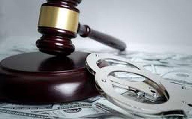 Người đàn ông 42 tuổi cầm dao giết dì ghẻ vì nghi ngờ bố bị xúi bẩy để lại tài sản cho dì