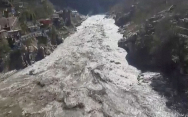 Thảm họa vỡ sông băng Ấn Độ: Gần 30 người thiệt mạng, hơn 170 người mất tích