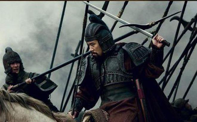 """Trong """"Tam quốc diễn nghĩa"""", Lưu Bị dùng kiếm, Quan Vũ dùng đao: Bí mật đằng sau cách chọn vũ khí này là gì? - Ảnh 1."""
