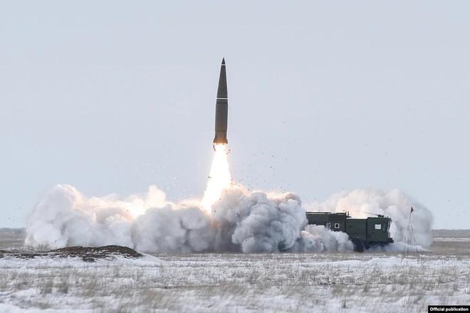 Daily Beast: Ông Putin đạo diễn âm mưu lật đổ ở Armenia vì Thủ tướng sỉ nhục tên lửa Iskander Nga - Ảnh 2.