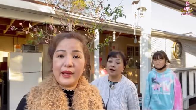 Hé lộ hình ảnh nơi sống của danh ca Hương Lan tại Mỹ - Ảnh 3.