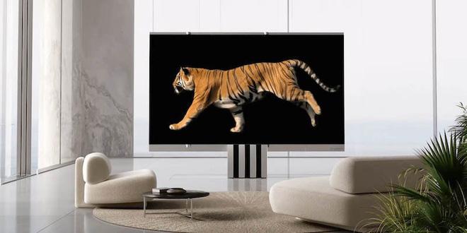 Cận cảnh siêu TV có thể gập nhiều lần như một chiếc quạt xếp khổng lồ - Ảnh 4.