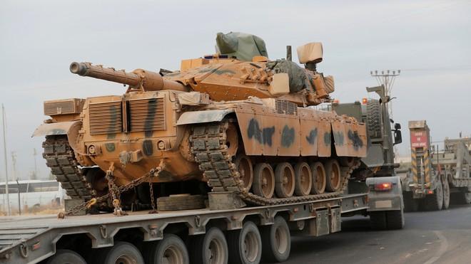 Nga tung đòn sát thủ ở Syria, mưa bom và tên lửa khủng khiếp - Tàu chiến Mỹ đem vũ khí kỳ dị đến Biển Đen - Ảnh 1.