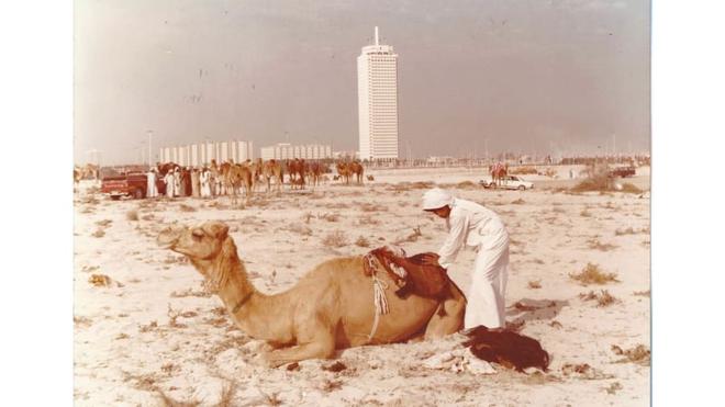 Dubai nghèo khó: Hình ảnh khó tin của thành phố Trung Đông trước khi cái giàu ập tới  - Ảnh 1.