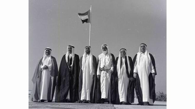 Dubai nghèo khó: Hình ảnh khó tin của thành phố Trung Đông trước khi cái giàu ập tới  - Ảnh 8.