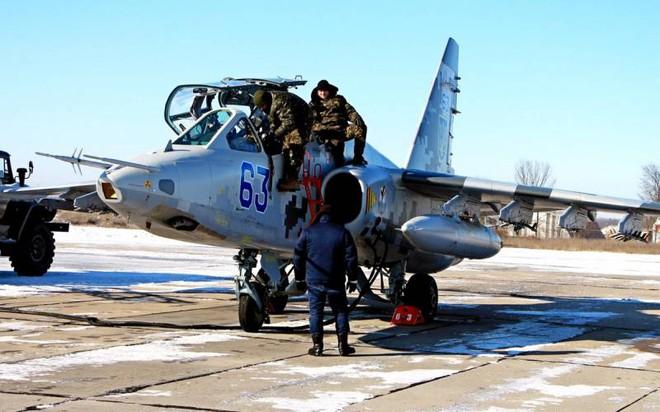 Kịch bản lạnh gáy nếu Ukraine tấn công Donbass: Đại quân Nga thần tốc chọc thẳng vào Kiev? - Ảnh 2.