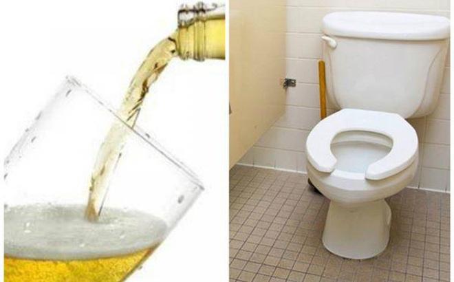 Thấy bia thừa chớ vội đổ đi, áp dụng mẹo vặt này cả nhà sáng như mới