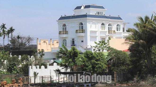 Thanh tra Sở Xây dựng Lâm Đồng vào cuộc xử lý vụ biệt thự khủng xây không phép - Ảnh 3.