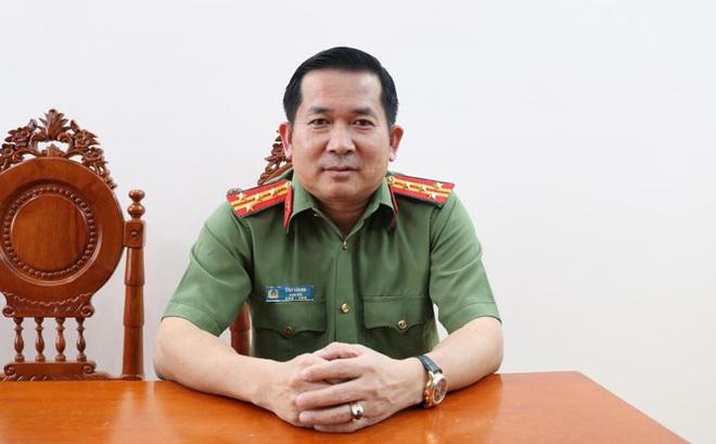 """Đại tá Đinh Văn Nơi nói các nhóm tội phạm không chỉ muốn dùng tiền """"điều"""" ông đi, mà còn dùng thủ đoạn nguy hiểm đe dọa"""