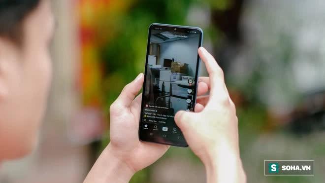 Trải nghiệm Galaxy A02: 2 triệu đồng cho 1 chiếc smartphone nổi trội về pin - Ảnh 5.