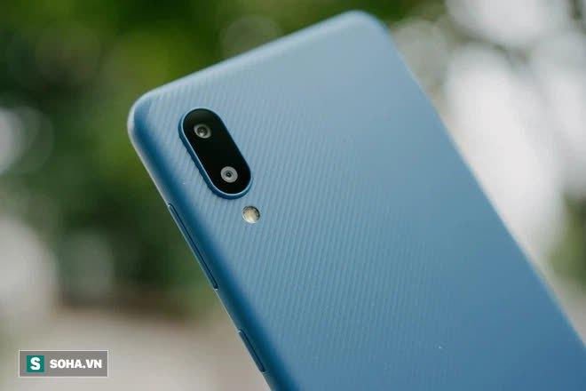 Trải nghiệm Galaxy A02: 2 triệu đồng cho 1 chiếc smartphone nổi trội về pin - Ảnh 3.