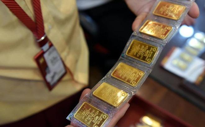 Giá vàng trong nước tiếp tục neo ở mức cao, gần 56 triệu đồng/lượng