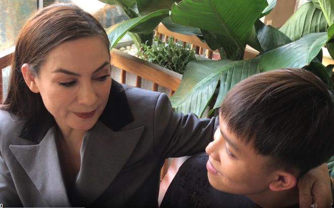 Phi Nhung trải lòng chuyện lấy chồng, con trai nuôi Hồ Văn Cường phản ứng bất ngờ
