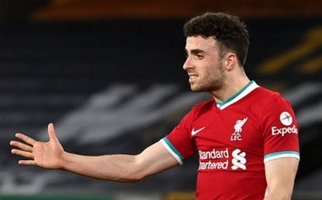 Đánh bại Wolves, Liverpool kém tốp 4 đúng 5 điểm