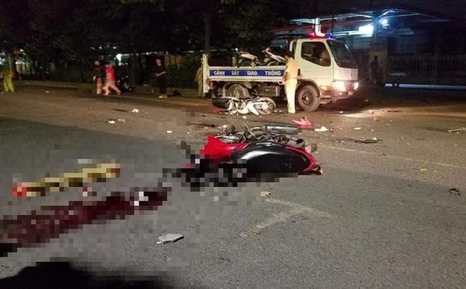 Bỏ chạy khi gặp cảnh sát, 2 thanh niên đi xe máy tông 2 cháu bé thương vong