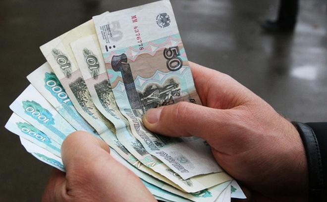 Khảo sát: Gần 1/4 người Nga nói số tiền dành dụm không thể cầm cự nổi hơn 1 tuần nếu mất việc