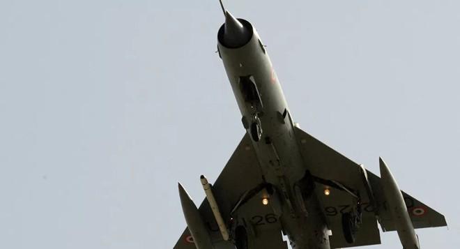 Nga dùng vũ khí tàng hình bắn hạ máy bay Mỹ trên bầu trời Syria - 2.000 tên lửa sẽ giội xuống Israel mỗi ngày nếu chiến tranh - Ảnh 1.