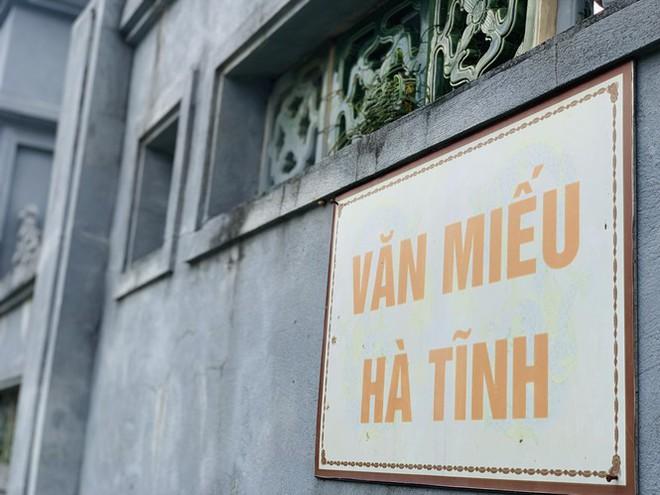 Công trình Văn Miếu gần 80 tỉ ở Hà Tĩnh xây xong không có đường vào - Ảnh 12.