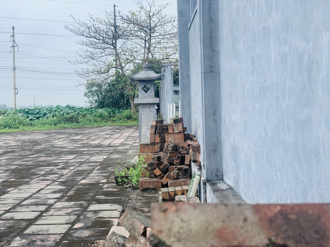 Công trình Văn Miếu gần 80 tỉ ở Hà Tĩnh xây xong không có đường vào - Ảnh 13.