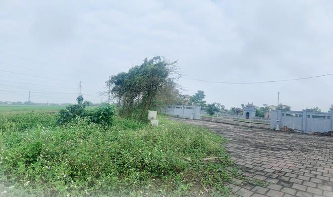 Công trình Văn Miếu gần 80 tỉ ở Hà Tĩnh xây xong không có đường vào - Ảnh 5.