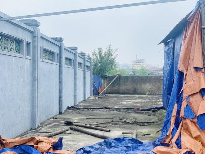 Công trình Văn Miếu gần 80 tỉ ở Hà Tĩnh xây xong không có đường vào - Ảnh 8.