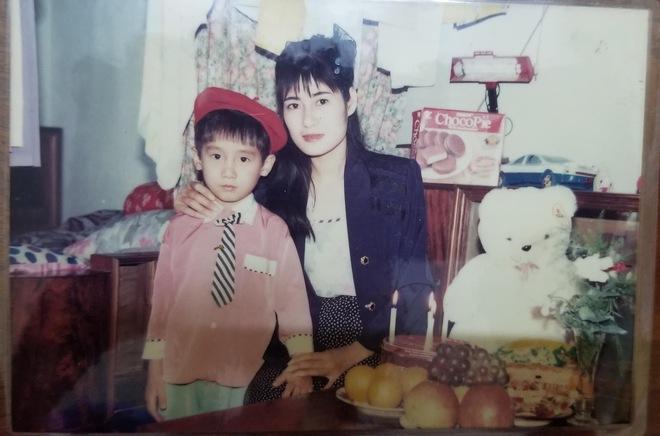 Bức ảnh cô gái Điện Biên cách đây hơn 30 năm khiến tất cả phải trầm trồ: Hot girl thời nay cũng phải chào thua - Ảnh 4.