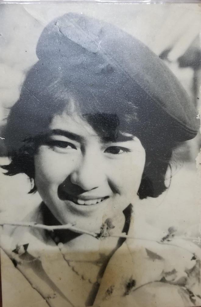 Bức ảnh cô gái Điện Biên cách đây hơn 30 năm khiến tất cả phải trầm trồ: Hot girl thời nay cũng phải chào thua - Ảnh 3.
