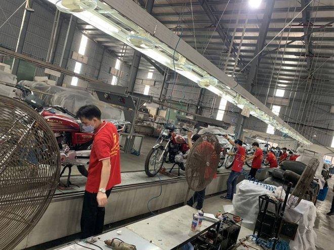 Lộ diện ngựa sắt na ná huyền thoại tay côn Honda CG125, lắp ráp tại Việt Nam, giá cực rẻ - Ảnh 5.