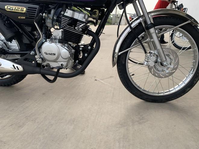 Lộ diện ngựa sắt na ná huyền thoại tay côn Honda CG125, lắp ráp tại Việt Nam, giá cực rẻ - Ảnh 6.