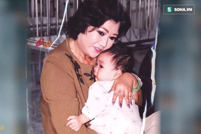 NSND Kim Cương tìm thấy con gái nuôi sau gần 50 năm thất lạc: Con chạy lên sân khấu, tôi bảo đừng khóc nhưng không nhận ra con… - Ảnh 3.