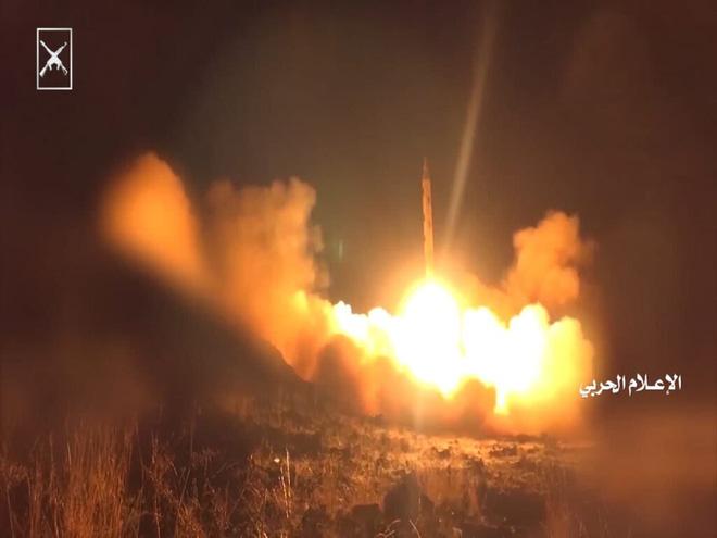 Hàng chục lính bắn tỉa Nga hành động xuất quỷ nhập thần ở Ukraine, châm ngòi thùng thuốc súng Donbass? - Ảnh 7.