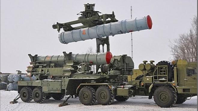 Xe QS Ukraine nổ tung, lính bắn tỉa Nga hoành hành ở Donbass: Thùng thuốc súng sắp phát nổ? - Ảnh 3.