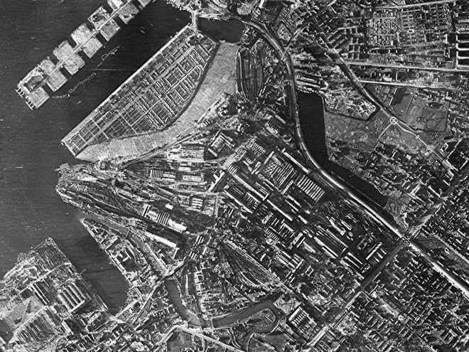 Giữa mưa bom, Liên Xô phô diễn kĩ năng ngụy trang đỉnh cao cho những người hùng chọc trời ở Leningrad - Ảnh 11.