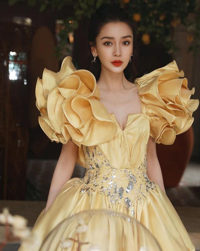 Angelababy phớt lờ Huỳnh Hiểu Minh, vợ chồng như hai người xa lạ - Ảnh 11.