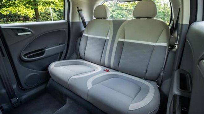 Bất ngờ nội thất mẫu ô tô giá 270 triệu về Việt Nam, đấu Kia Morning, Hyundai Grand i10 - Ảnh 7.