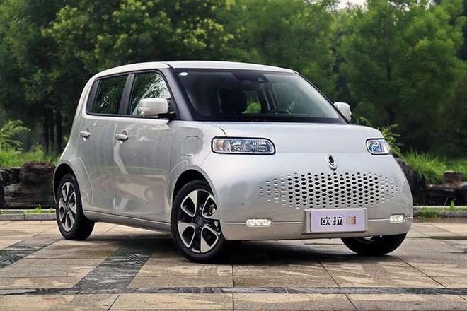 Bất ngờ nội thất mẫu ô tô giá 270 triệu về Việt Nam, đấu Kia Morning, Hyundai Grand i10 - Ảnh 2.