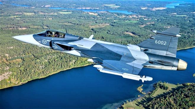 Thực trạng và triển vọng dòng máy bay JAS 39 Gripen của Thụy Điển - Ảnh 4.