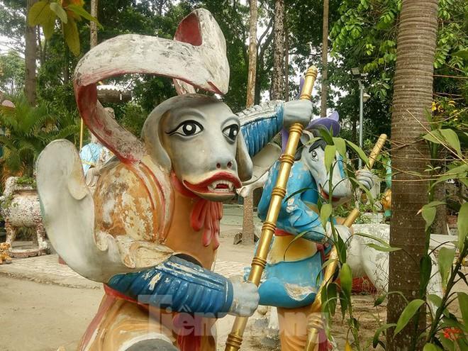 Bí ẩn ngôi chùa tưởng nhớ vị thiền sư chịu hàng ngàn con đỉa hút máu giúp dân canh tác - Ảnh 5.