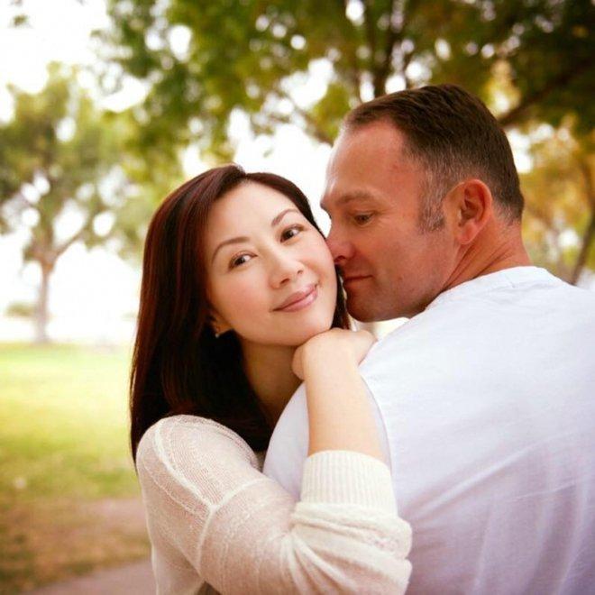 Hoa hậu Hong Kong 3 đời chồng, làm chủ tập đoàn trang sức lớn, tuổi U60 ra sao? - Ảnh 9.