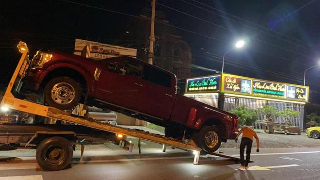 Sau khi khoe kiếm tiền từ lan đột biến, dân buôn từ Bắc chí Nam đổ xô khoe siêu xe - Ảnh 6.