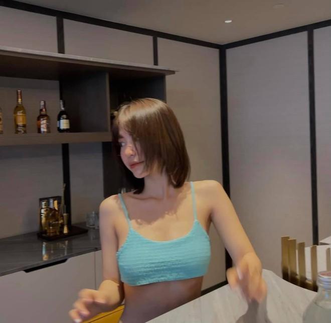 Hot girl sinh năm 1996 của Bộ 3 sát thủ gây bất ngờ với ngoại hình nóng bỏng - Ảnh 2.