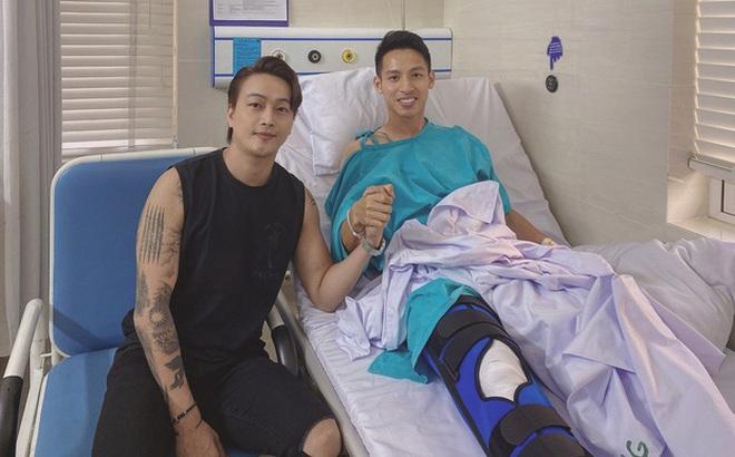 Ca sĩ Titi HKT đến thăm Hùng Dũng, tiết lộ hình ảnh mới của nam cầu thủ sau phẫu thuật