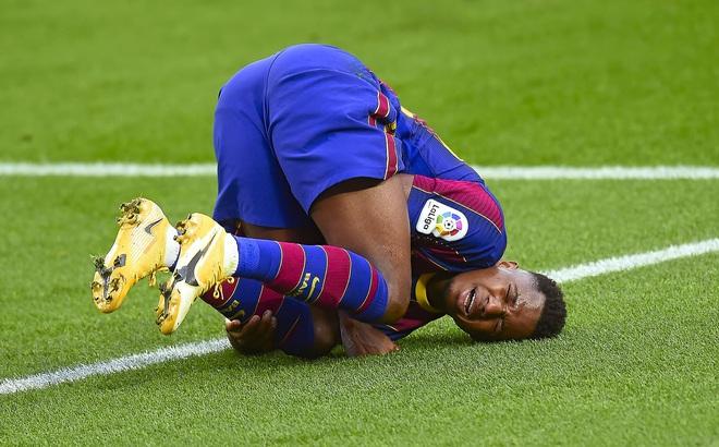 Barcelona nhận hung tin về Fati và Coutinho