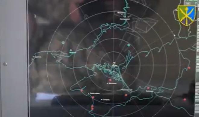 Ukraine sẽ tấn công Crimea, căn cứ Nga nằm trong tầm ngắm: BM-30 chờ lệnh khai hỏa - Ảnh 1.