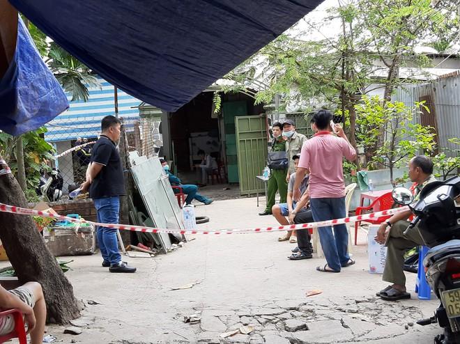 Công an báo cáo ban đầu, xác định danh tính 3 nạn nhân tử vong trong vụ cháy nhà lúc rạng sáng ở Sài Gòn - Ảnh 3.