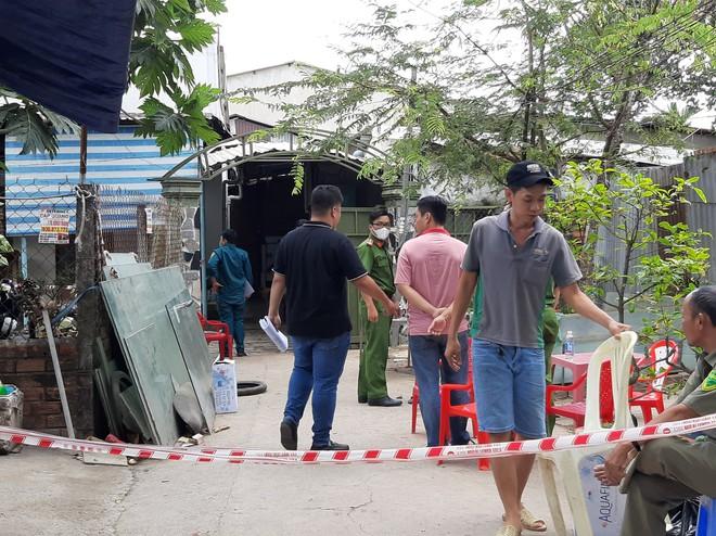 Công an báo cáo ban đầu, xác định danh tính 3 nạn nhân tử vong trong vụ cháy nhà lúc rạng sáng ở Sài Gòn - Ảnh 6.