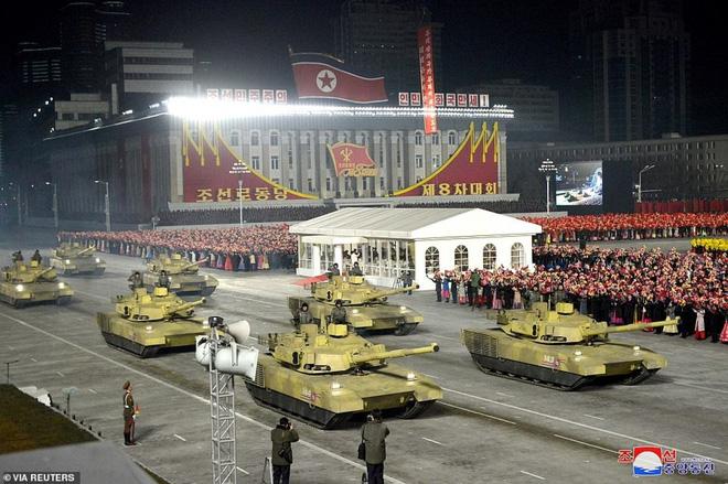 Giải mã vụ phóng tên lửa mới nhất và tiềm lực quân sự của Triều Tiên - Ảnh 2.