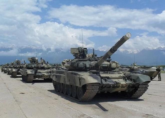 Sửng sốt trước dự đoán bất ngờ về cuộc đối đầu giữa xe tăng Challenger với T-14 Armata Nga - Ảnh 2.